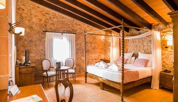 Déconnexion dans un authentique hôtel rural à Porreres avec spa et panier de fruits, Majorque