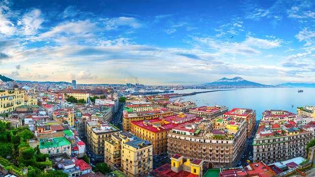 Flânez dans les ruelles historiques du coeur de Naples