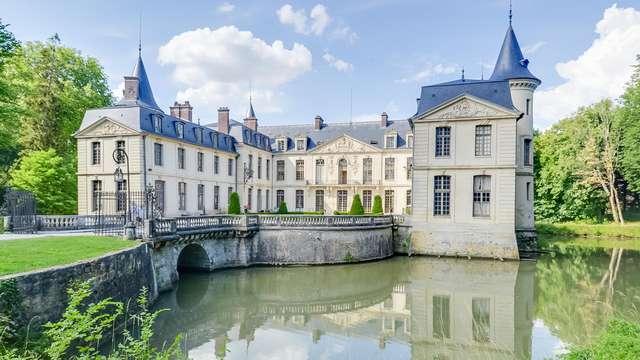 Verblijf in een kasteel op 40 minuten van Parijs in een landelijke omgeving