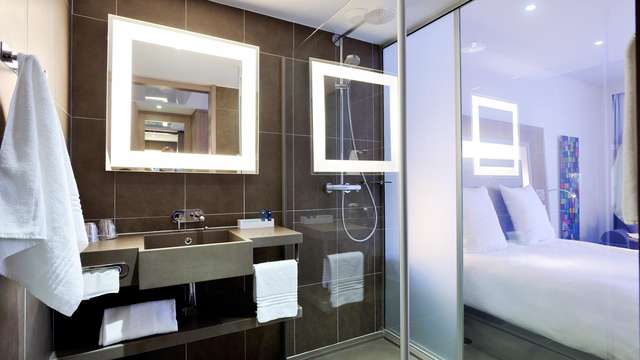 Novotel Avignon Centre - NEW BATHROOM