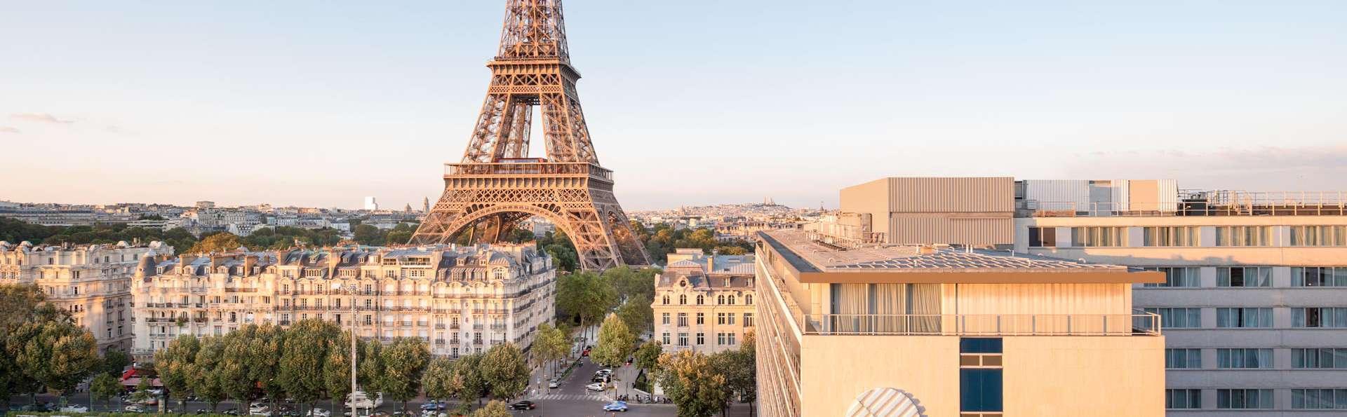 Pullman Paris Tour Eiffel - EDIT_NEW_FRONT_01.jpg