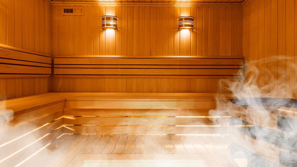 Hôtel La Perelle - sauna.jpg