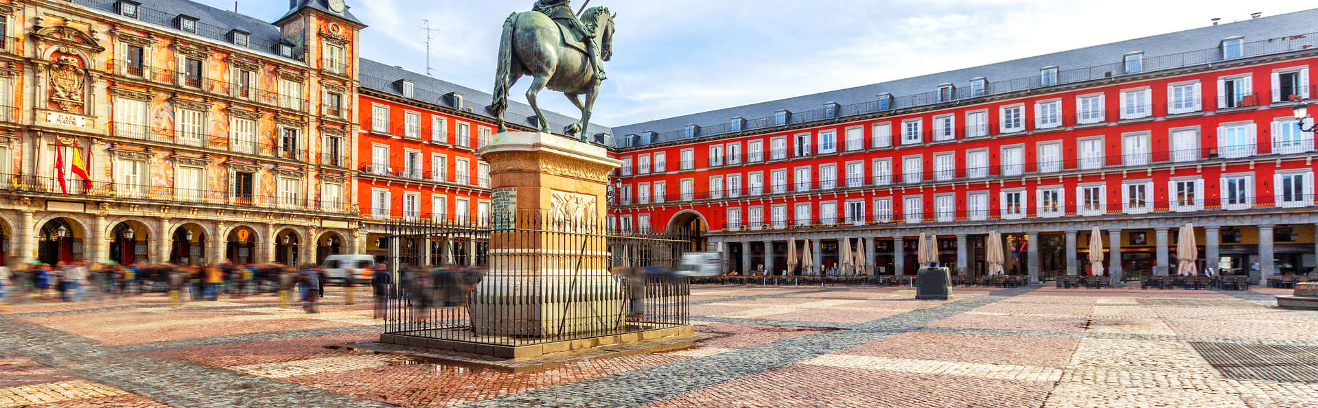 Especial Relaxing Cup of Café con Leche: escapada en hotel junto a la Plaza Mayor