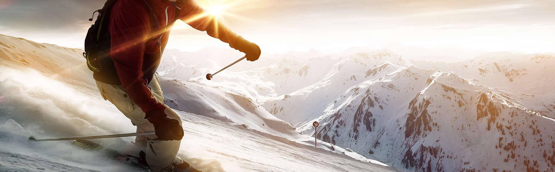 Escapade au coeur des montagnes avec dîner, spa et forfaits de ski, à Valmorel