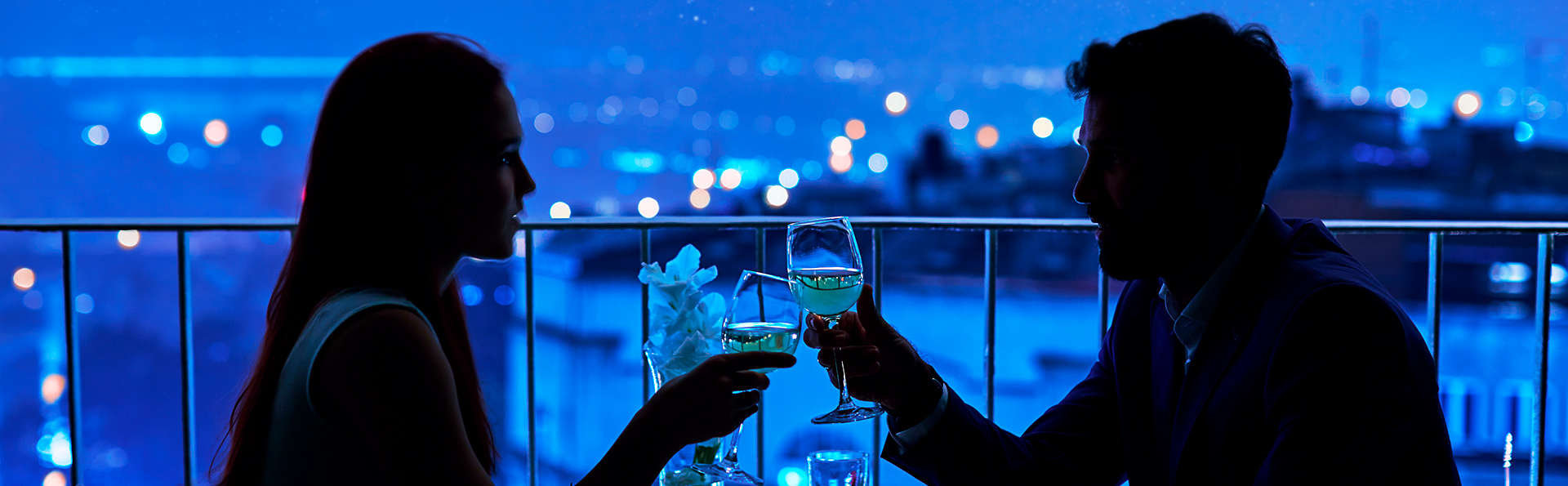 Escapada con Cena romántica, Visita a bodega y detalles en Pamplona