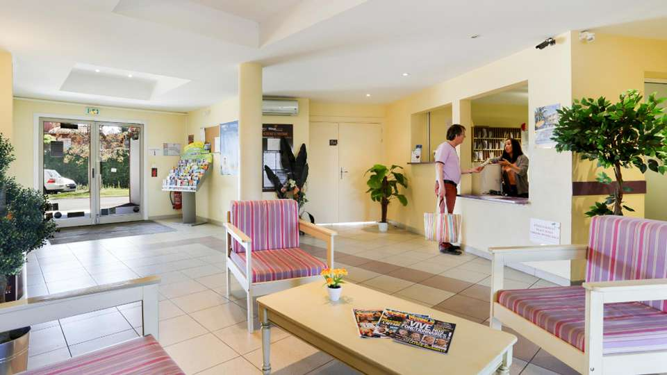 Vacancéole Résidence Le Fonserane - EDIT_LOBBY_01.jpg