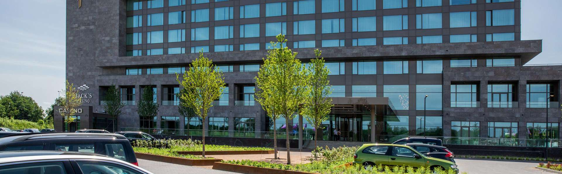 Van der Valk Hotel Tilburg - EDIT_FRONT_02.jpg