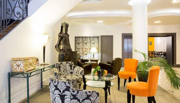 Hotel Raymond - NEW LOBBY