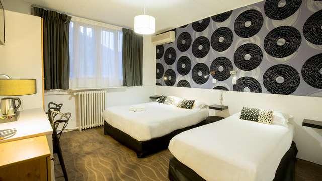 Hotel Raymond