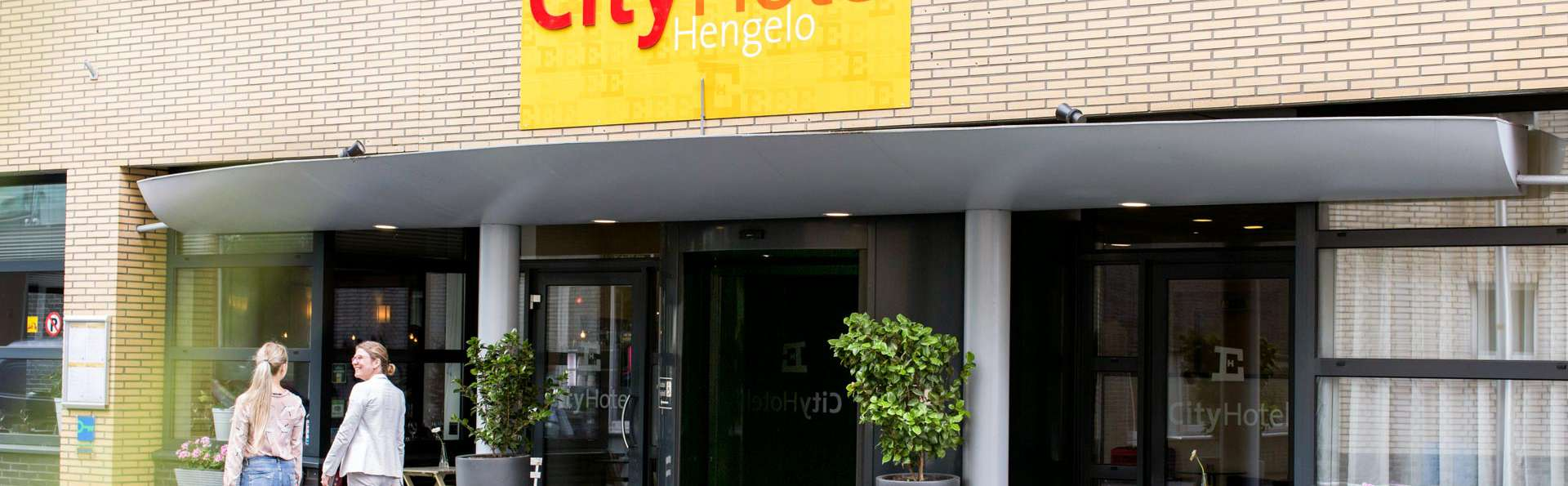 City Hotel Hengelo - EDIT_NEW_FRONT_02.jpg