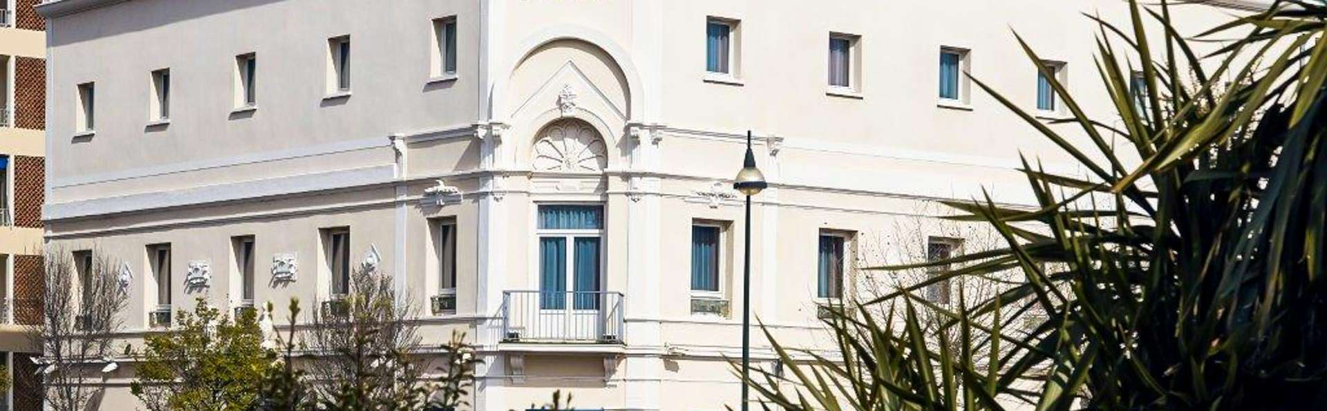 Ibis Styles Hyères Rooftop & SPA - EDIT_FRONT_01.jpg