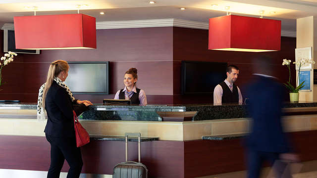 Hotel Mercure Brussels Airport - LOBBY