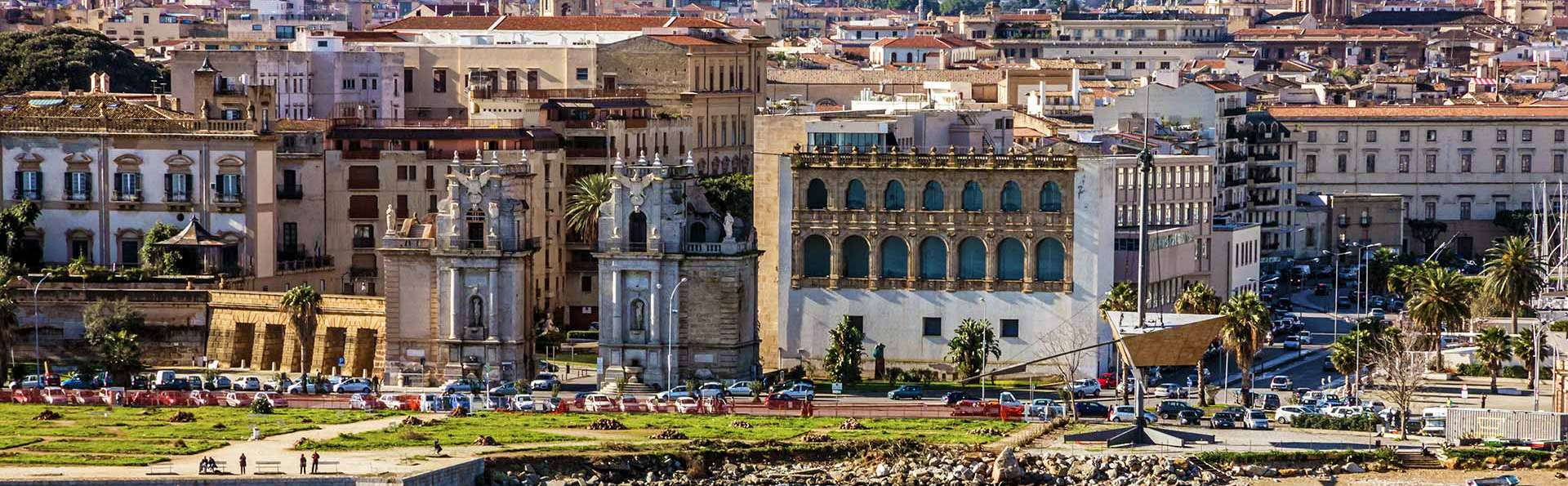 Weekend tra Palermo e Mondello: soggiorno nel verde di un villa storica