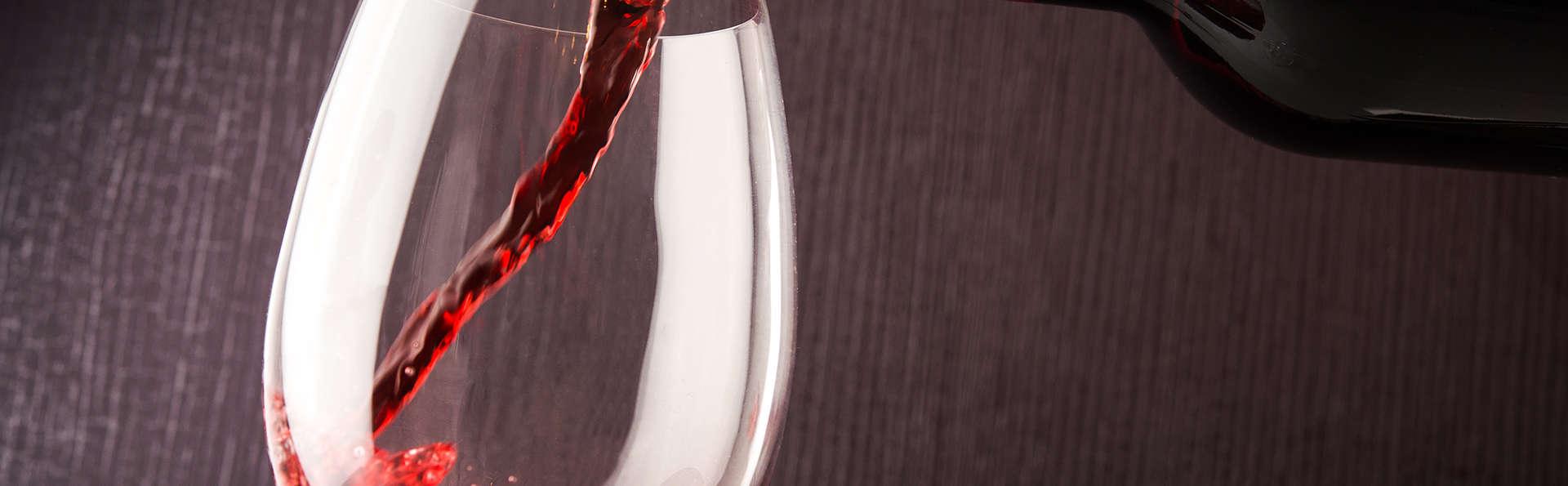 Escapada enológica con una botella de vino en Barbastro (desde 2 noches)