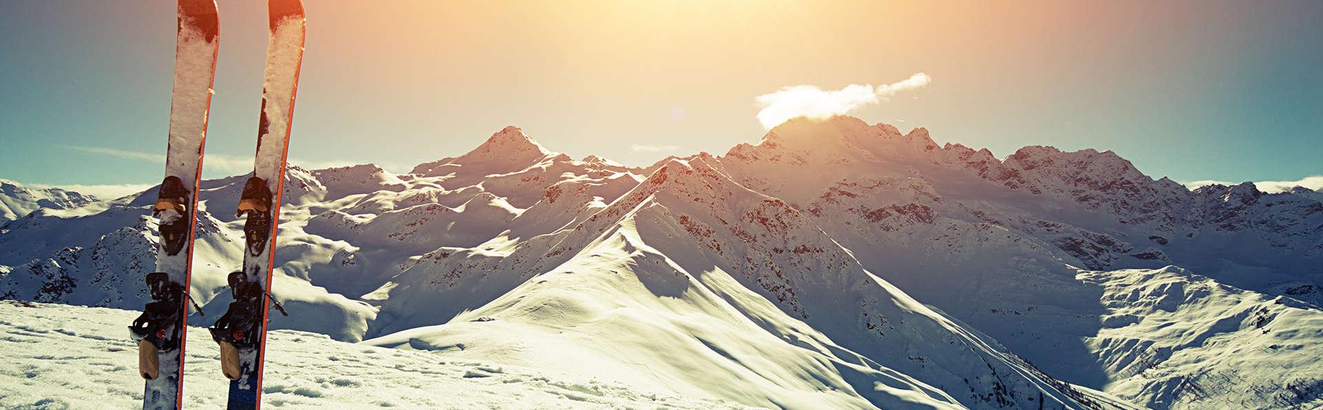 Alpina Eclectic Hotel Chamonix  - EDIT_SKI04.jpg