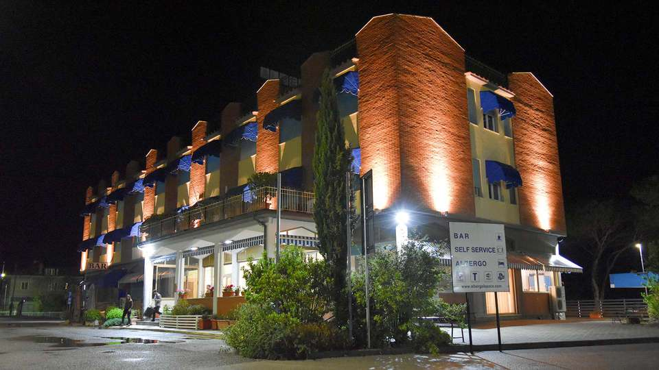 Hotel La Pace - EDIT_N3_FRONT_01.jpg
