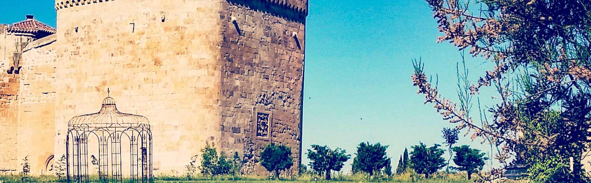 Castillo del Buen Amor - EDIT_FRONT_02.jpg