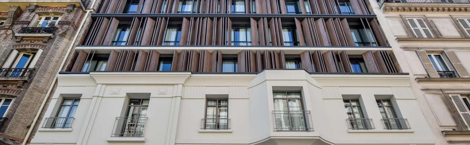 Hotel B55 - EDIT_FRONT_01.jpg
