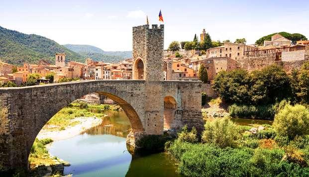 Especial Cata: Entre Besalú y Pau conoce dos pueblos con mucho encanto de Girona con cata de vinos