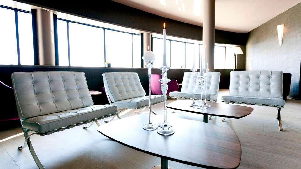 Best Western Albavilla Hotel & Co - Edit_Lounge.jpg