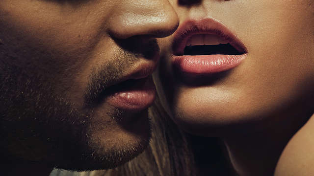 Romantisme à l'Escala en Catalogne avec kit sensuel