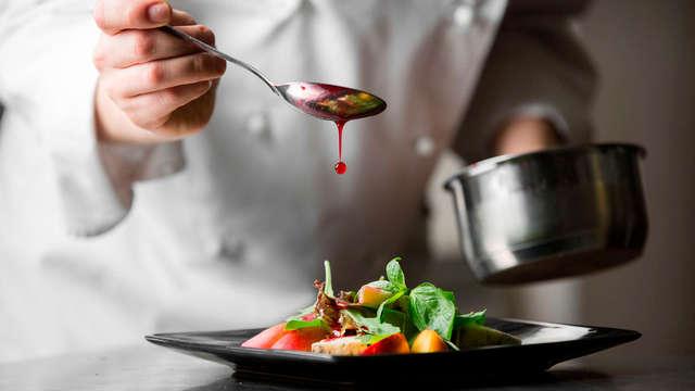 Escapada con Cena degustación en el restaurante Los Arcos de Cangas de Onís (desde 2 noches)