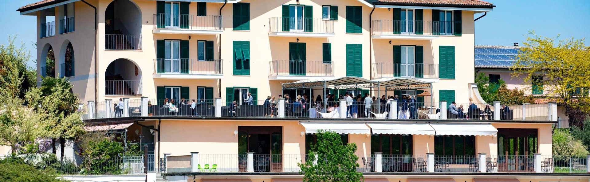 sale retailer bf098 5299d Weekend Sillavengo con Sconto 10% Serravalle Designer Outlet ...