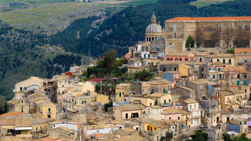 Poggio del Sole Resort  - Edit_Ragusa2.jpg