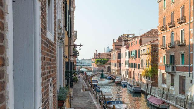 Prenota in anticipo e risparmia in un elengante hotel nel cuore di Venezia