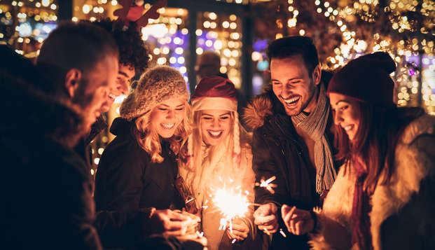 Especial Fin de Año: Vive la noche mágica con Fiesta, Cena de Gala y Barra Libre