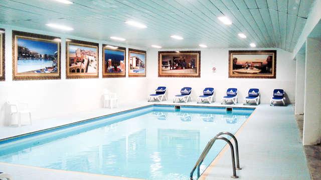 Soggiorno ad alta quota con accesso alla piscina coperta e sauna!