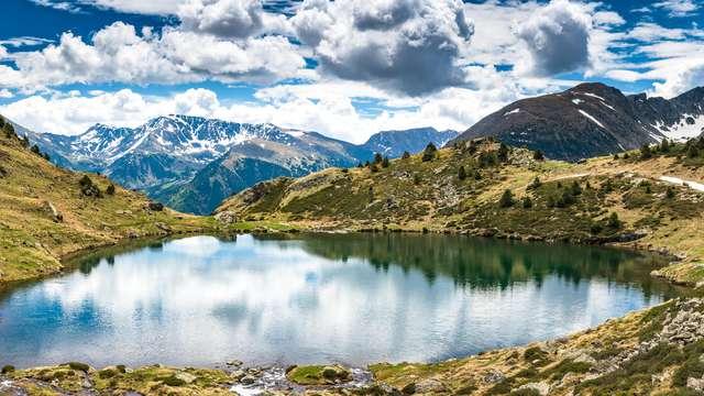 Évasion dans les Pyrénées avec hébergement en studio supérieur
