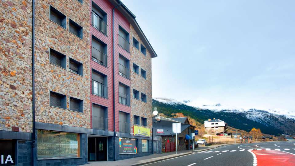 Andorra4Days Soldeu - El Tarter - EDIT_FRONT_02.jpg