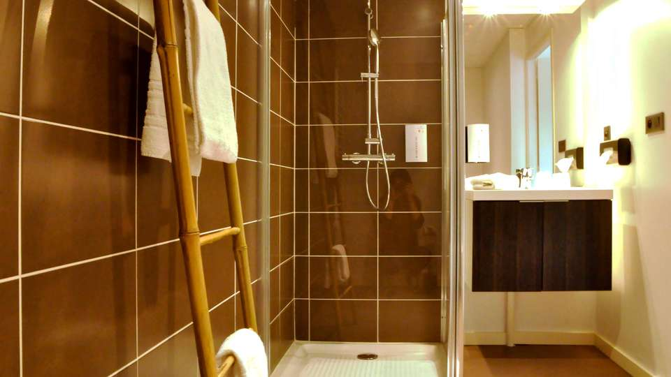 Golden Tulip Carquefou Suites - EDIT_NEW_BATHROOM_01.jpg