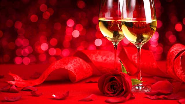 Escapada enamorados en habitación romántica, con cena y acceso al spa, Mallorca