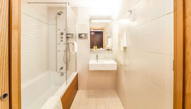 Hotel Montaigne et Spa - NEW BATHROOM-