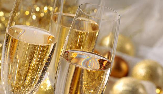 Bouquet de romantisme avec fleurs et Champagne à Arcachon