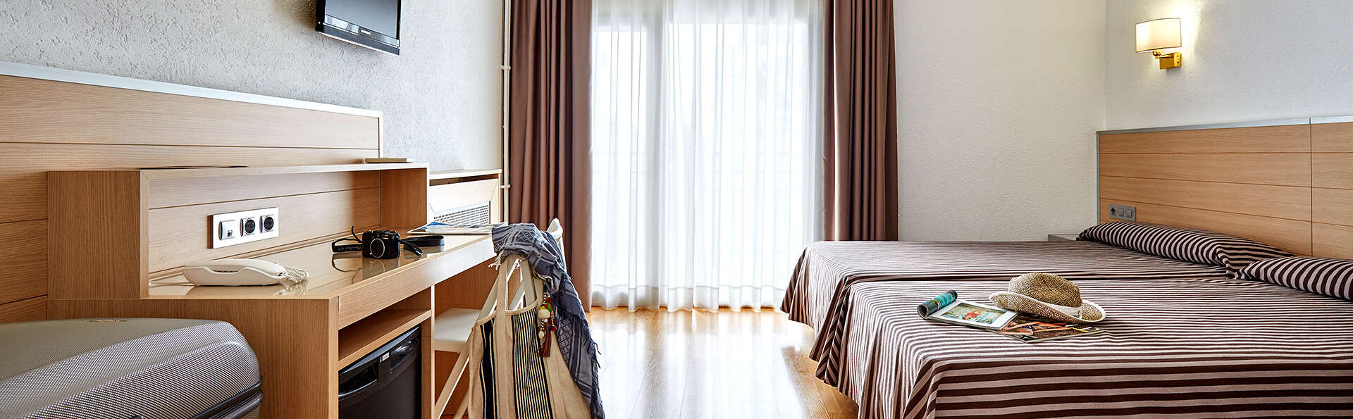 Gran hotel Flamingo (Adults Only) - Edit_New_Room2.jpg