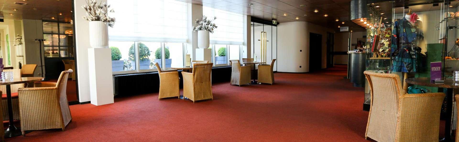Hotel De Postelse Hoeve - EDIT_LOBBY_02.jpg
