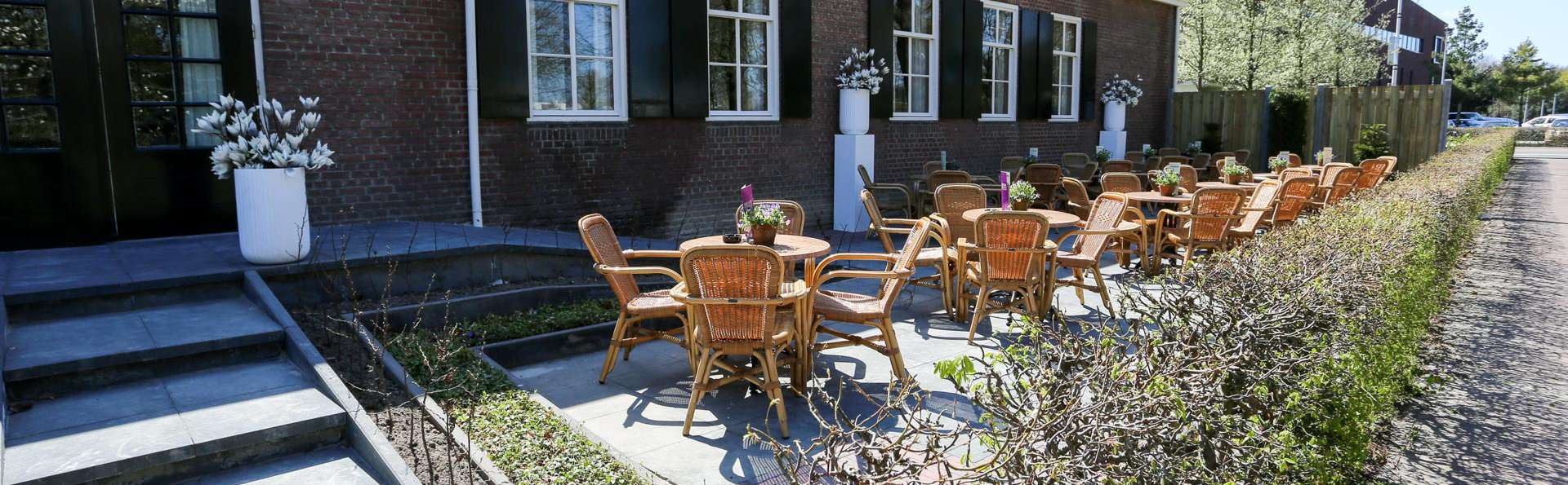 Hotel De Postelse Hoeve - EDIT_TERRACE_03.jpg