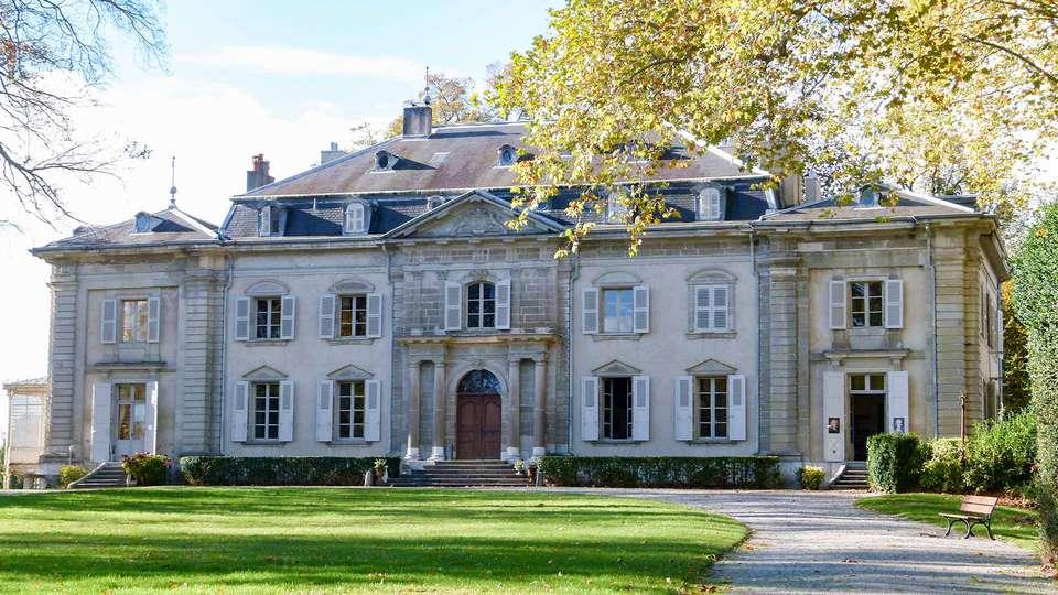 Comfort Suites Porte de Genève - EDIT_CHATEAU-DE-FERNEY-VOLTAIRE_02.jpg