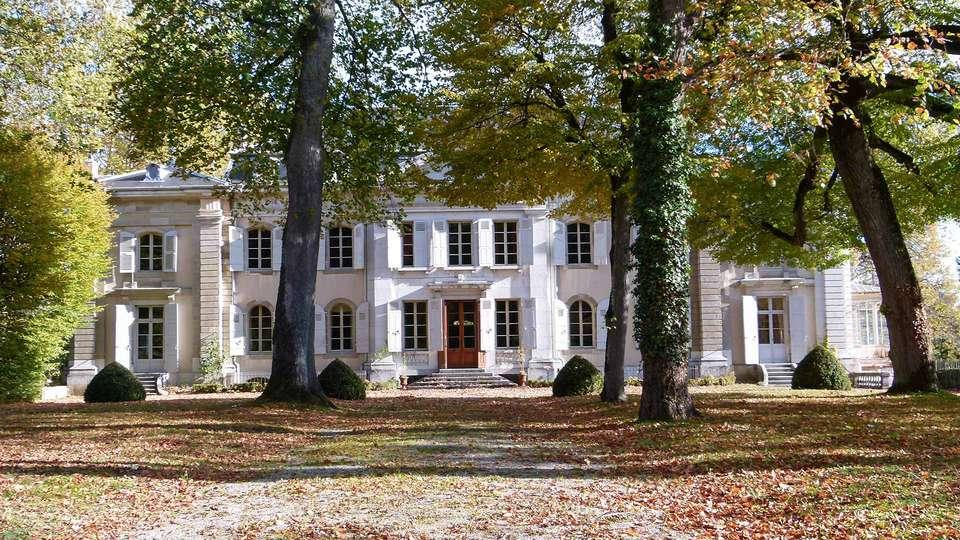 Comfort Suites Porte de Genève - EDIT_CHATEAU-DE-FERNEY-VOLTAIRE_01.jpg
