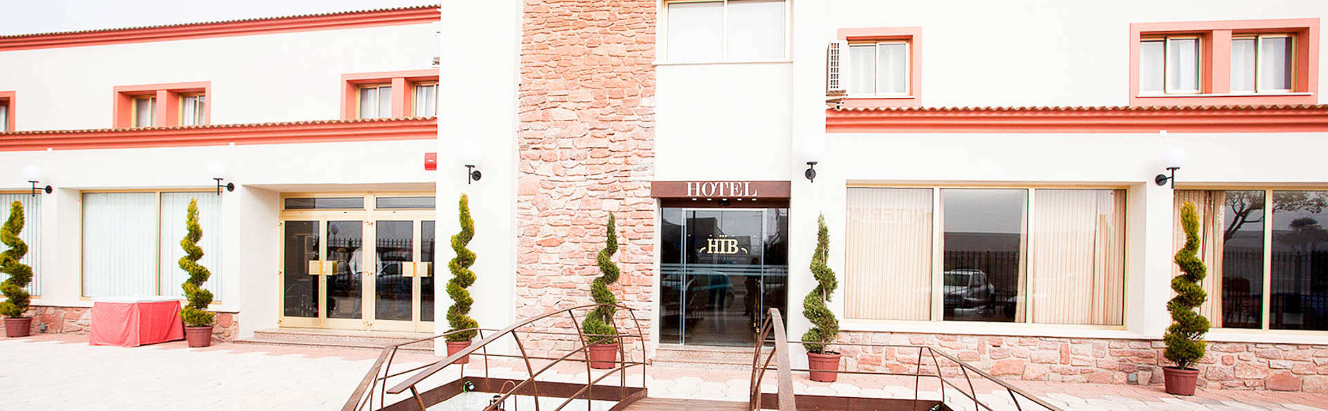 Hotel Insula Barataria - EDIT_NEW_FRONT.jpg