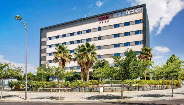 Hotel Tactica - FRONT