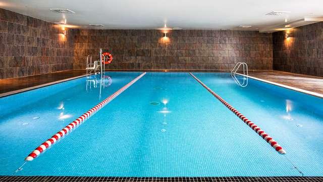 Escapada con acceso a sauna y piscina cubierta en Paterna, Valencia