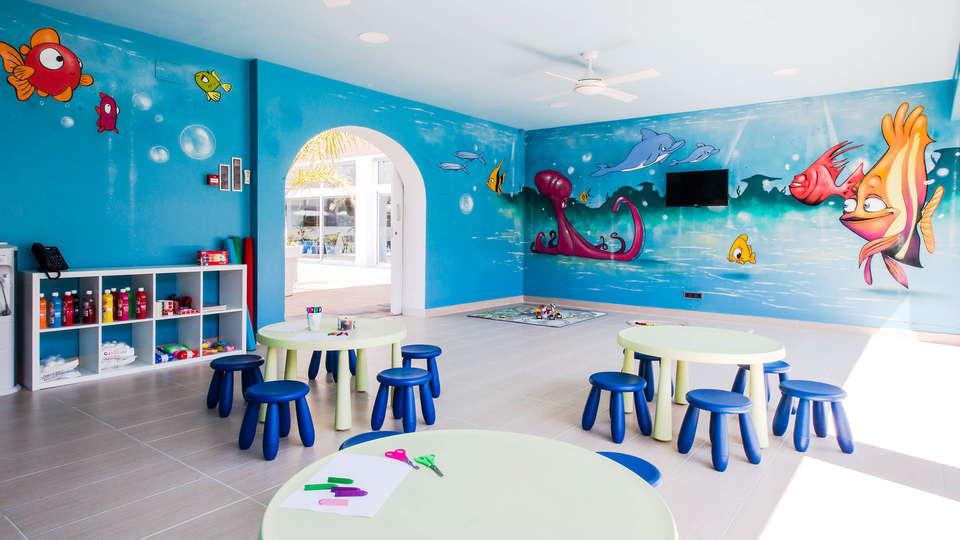 Altafulla Mar Hotel - EDIT_Kids.jpg
