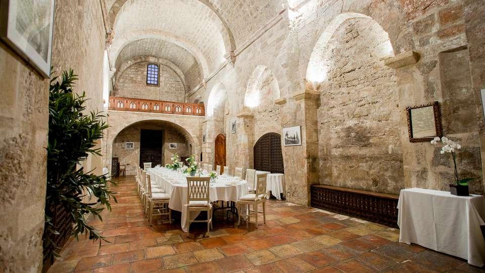 Garrigae Abbaye de Sainte Croix - EDIT_RESTAURANT_01.jpg
