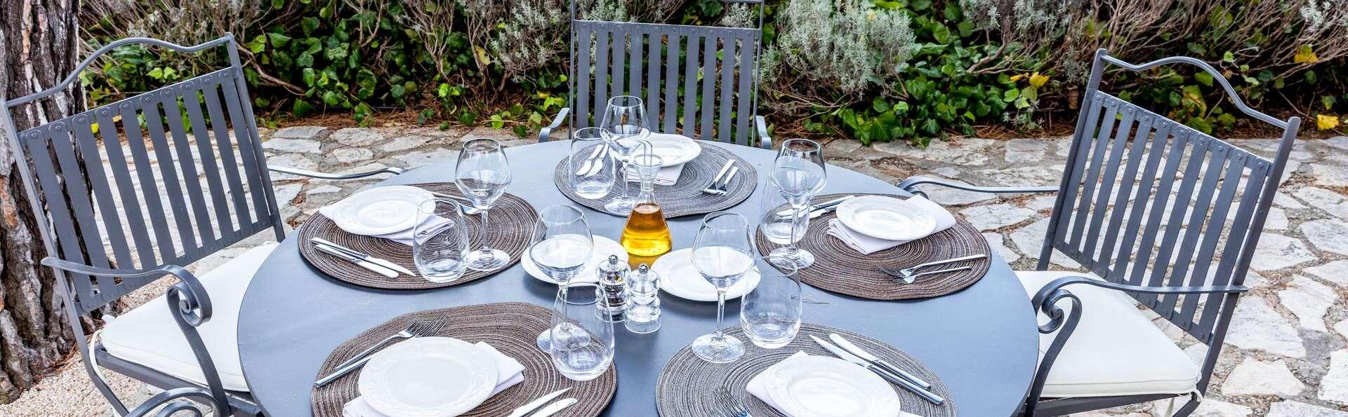 Week-end avec dîner dans un hôtel de charme à Salon-de-Provence