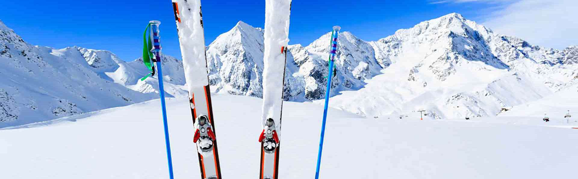 Especial Esquí: Escapada con Forfait para Alto Campoo en una casona montañesa