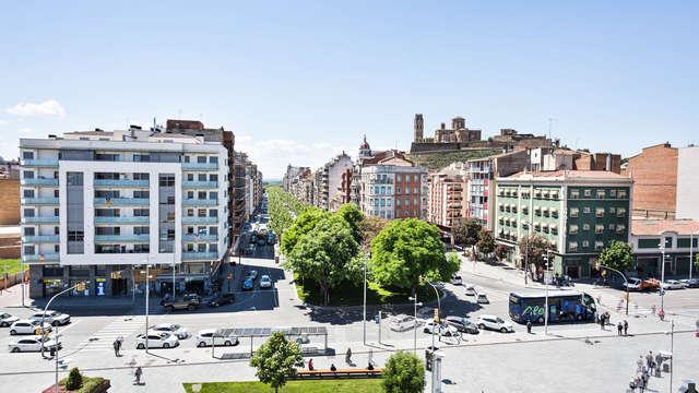 Descubre las históricas calles de Lleida alojándote en un hotel de diseño en centro de la ciudad